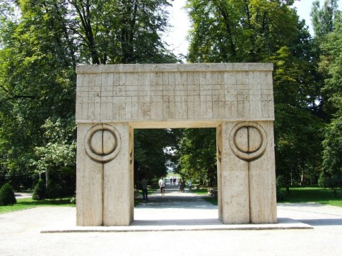 Gorj County has pieces of the great sculptor Constantin Brancusi