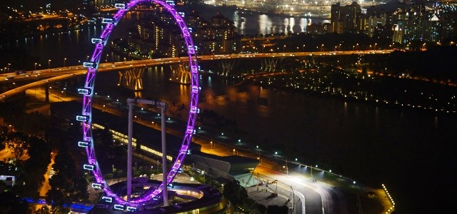 Singapore Flyer is the second largest wheel in the world