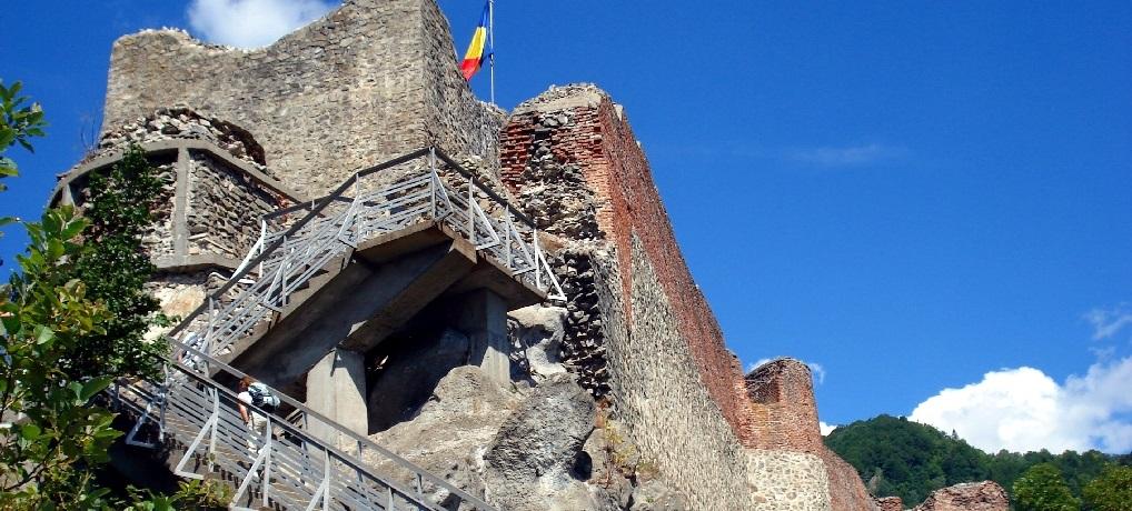Cetatea Poenari e un loc medieval și cel mai bântuit din România