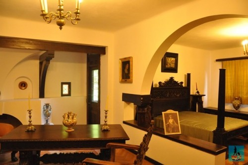 This is the bedroom of the following inheritors, Princes Carol and Nicolae, Pelisor Castle