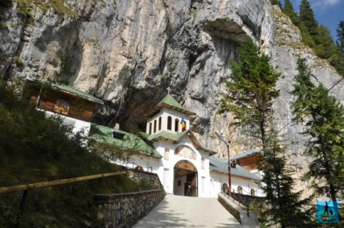 Ialomitei Monastery is built at the entrance in Ialomitei cave and it worth the visit